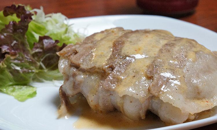 最強の組み合わせ「豚・キムチ・チーズ」。豚キムチーズの包み焼きの作り方