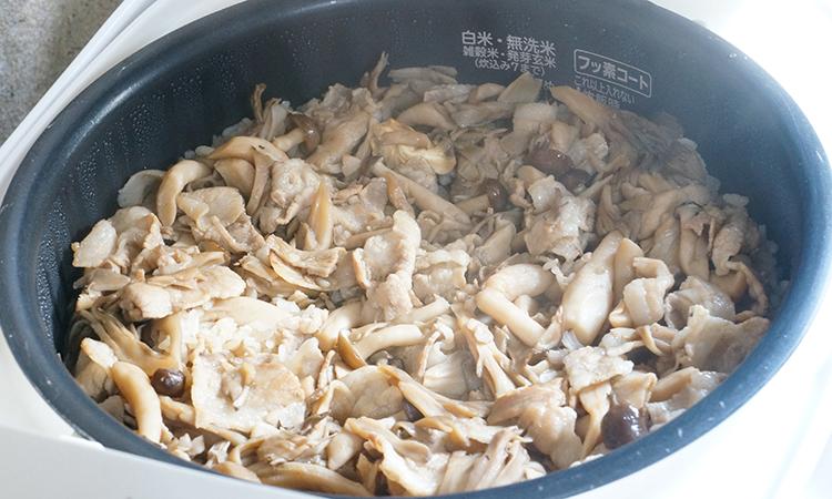 豚バラきのこの炊き込みご飯