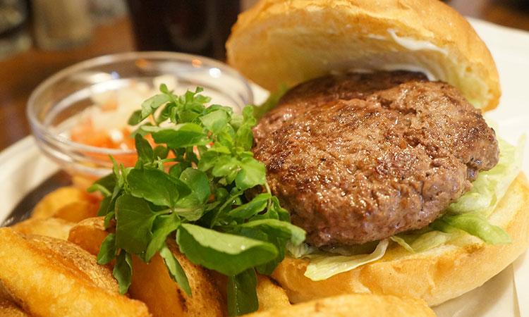 飛騨高山に隠れたハンバーガー専門店。飛騨牛バーガーが美味すぎる