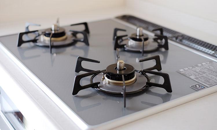 まるで中華料理店の厨房!家庭用最高火力の「ガスコンロ」で料理がさらに楽しくなる