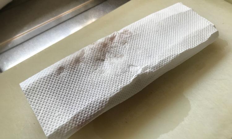 湯引きのマグロ漬け