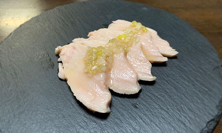 鶏むね肉 たたき