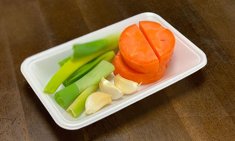 鶏白湯塩ラーメン 野菜