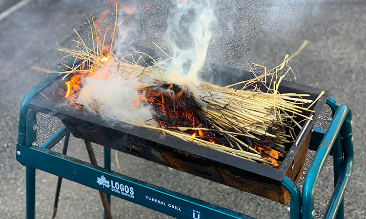 サーモンの藁焼き